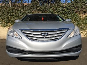 2011 Hyundai Sonata GLS Carfax Report  Iridescent Silver Blue Pearl  We are not responsible fo