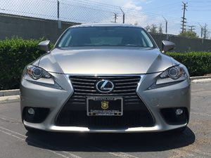 2015 Lexus IS 250  Audio  Auxiliary Audio Input Convenience  Hid Headlights Convenience  Keyl