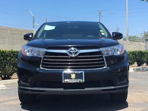 2015 Toyota Highlander LE Carfax 1-Owner Audio  Auxiliary Audio Input Convenience  Back-Up Cam