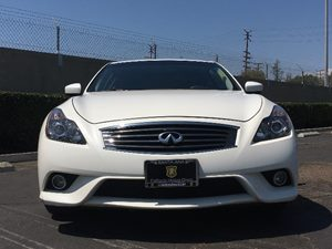 2015 INFINITI Q60 Coupe Journey Carfax 1-Owner - No AccidentsDamage Reported  Majestic White