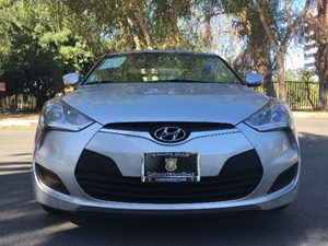 2016 Hyundai Veloster Base Carfax 1-Owner - No AccidentsDamage Reported  Ironman Silver  We a