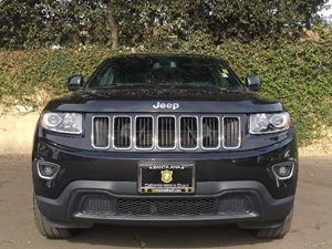 2015 Jeep Grand Cherokee Laredo Carfax 1-Owner - No AccidentsDamage Reported  Black  We are n