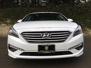 2015 Hyundai Sonata SE  Quartz White Pearl  All advertised prices exclude government fees and t