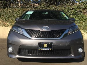 2016 Toyota Sienna SE 8-Passenger Carfax 1-Owner - No AccidentsDamage Reported  Predawn Gray M