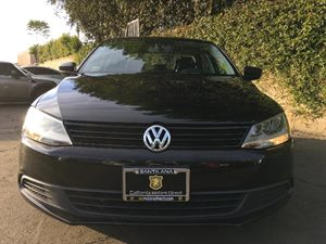 2014 Volkswagen Jetta Sedan S Carfax 1-Owner - No AccidentsDamage Reported  Black Uni  We are