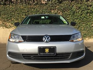 2014 Volkswagen Jetta Sedan S Carfax Report - No AccidentsDamage Reported  Silver  We are not