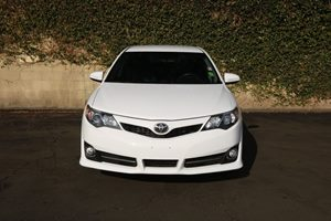 2014 Toyota Camry SE  Super White          19646 Per Month - On Approved Credit           Se