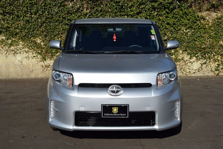 2014 Scion xB Base  Classic Silver Metallic All advertised prices exclude government fees and t
