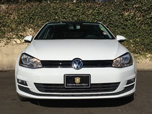 2015 Volkswagen Golf TDI SE Carfax 1-Owner - No AccidentsDamage Reported  Pure White  We are