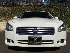2014 Nissan Maxima 35 S Carfax 1-Owner - No AccidentsDamage Reported  Pearl White  We are no