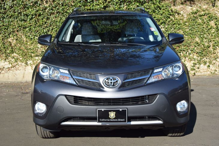 2015 Toyota RAV4 XLE  Magnetic Gray Metallic All advertised prices exclude government fees and