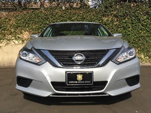 2016 Nissan Altima 25 S Carfax 1-Owner - No AccidentsDamage Reported  Brilliant Silver  We a