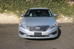 2016 Hyundai Sonata SE Carfax Report - No AccidentsDamage Reported  Symphony Silver  We are n