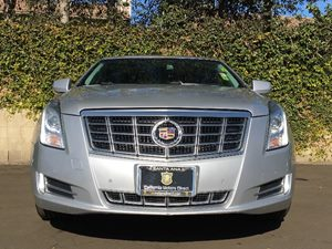 2014 Cadillac XTS Premium Collection Carfax Report - No AccidentsDamage Reported  Silver  We