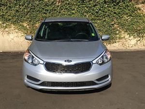 2015 Kia Forte LX Carfax 1-Owner  Silver 14911 Per Month - On Approved Credit  See our enti