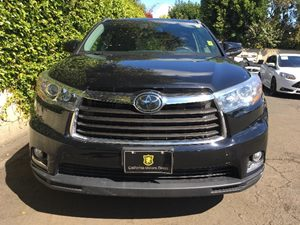 2014 Toyota Highlander Limited  Attitude Black Metallic  We are not responsible for typographic