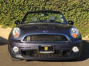 2015 MINI Cooper Convertible Cooper S Carfax 1-Owner - No AccidentsDamage Reported  Gray  We