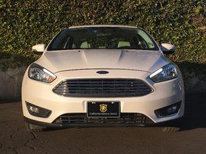 2015 Ford Focus Titanium Carfax 1-Owner - No AccidentsDamage Reported  White Platinum Metallic