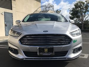 2015 Ford Fusion Energi SE Luxury Carfax 1-Owner - No AccidentsDamage Reported  Ingot Silver