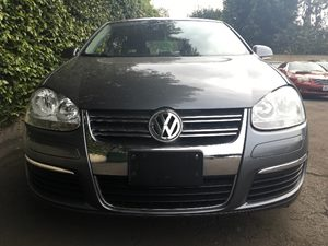 2010 Volkswagen Jetta Sedan Trendline  Platinum Gray Metallic  We are not responsible for typog