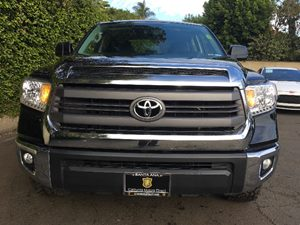 2015 Toyota Tundra 4WD Truck SR5 Carfax 1-Owner  Black  We are not responsible for typographic