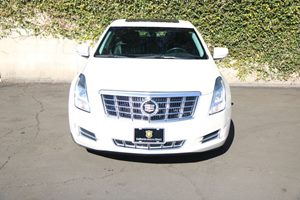 2015 Cadillac XTS Luxury Carfax 1-Owner - No AccidentsDamage Reported  White Diamond Tricoat