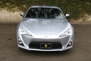 2015 Scion FR-S Base Carfax Report - No AccidentsDamage Reported  Silver 23543 Per Month -