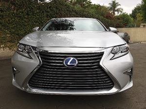 2016 Lexus ES 300h  Carfax 1-Owner - No AccidentsDamage Reported  Silver  We are not responsi