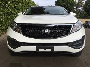 2014 Kia Sportage LX  Clear White  All advertised prices exclude government fees and taxes any