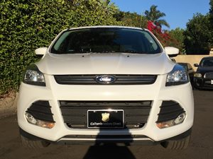 2015 Ford Escape SE Carfax 1-Owner - No AccidentsDamage Reported  White  We are not responsib