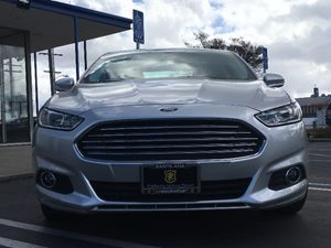 2016 Ford Fusion SE Carfax 1-Owner - No AccidentsDamage Reported  Ingot Silver  We are not re