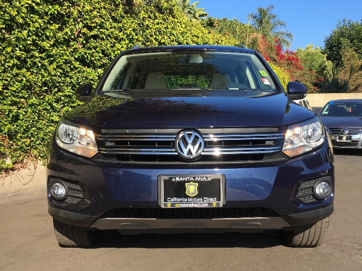 2015 Volkswagen Tiguan R-Line  Night Blue Metallic All advertised prices exclude government fee