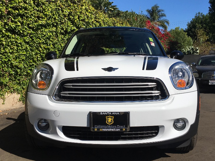 2016 MINI Cooper Countryman Cooper  Light White All advertised prices exclude government fees a
