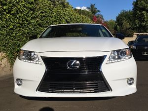 2015 Lexus ES 350 Crafted Line  Ultra White All advertised prices exclude government fees and t