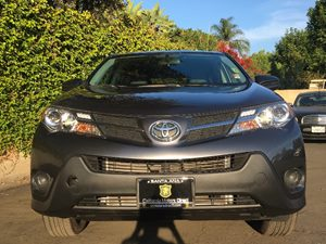 2015 Toyota RAV4 LE Carfax 1-Owner - No AccidentsDamage Reported  Magnetic Gray Metallic  We