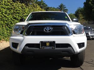 2015 Toyota Tacoma PreRunner Carfax 1-Owner  Super White  We are not responsible for typograph