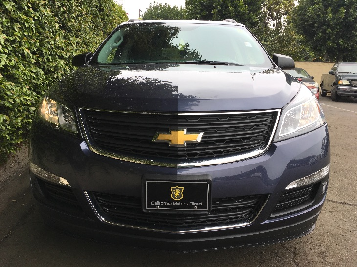 2013 Chevrolet Traverse LS  Cyber Gray Metallic All advertised prices exclude government fees a
