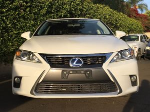 2015 Lexus CT 200h Base Carfax 1-Owner - No AccidentsDamage Reported  White  We are not respo