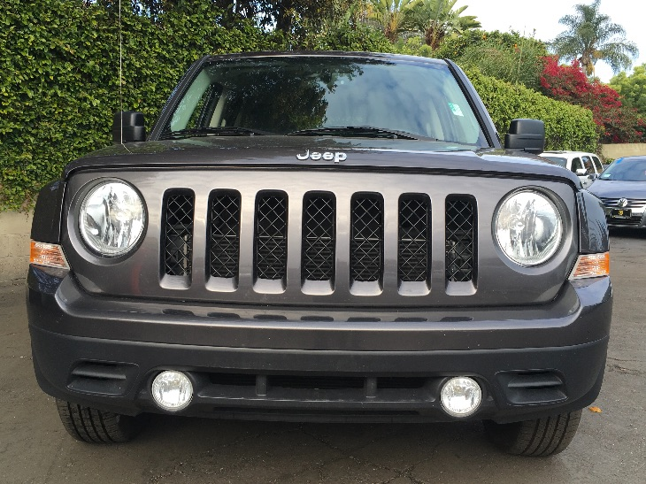 2017 Jeep Patriot Latitude  Gray All advertised prices exclude government fees and taxes any f