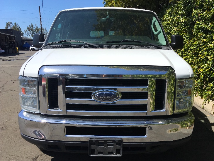 2013 Ford Econoline Wagon E-350 SD XLT  Oxford White All advertised prices exclude government f