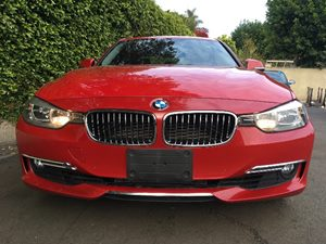 2014 BMW 3 Series 328i Carfax 1-Owner - No AccidentsDamage Reported Body-Colored Door Handles B