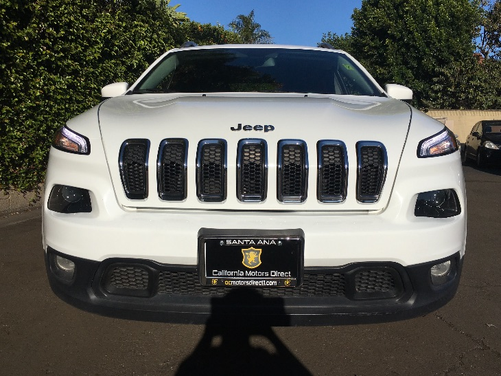 2014 Jeep Cherokee Latitude  Bright White Clearcoat All advertised prices exclude government fe