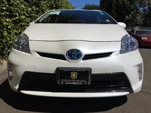 2014 Toyota Prius Three  Super White  All advertised prices exclude government fees and taxes