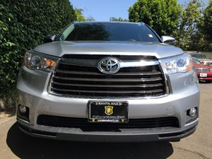 2015 Toyota Highlander XLE  Silver Sky Metallic  We are not responsible for typographical error