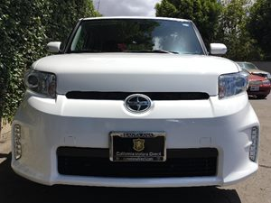 2014 Scion xB Base  Super White  We are not responsible for typographical errors All prices li