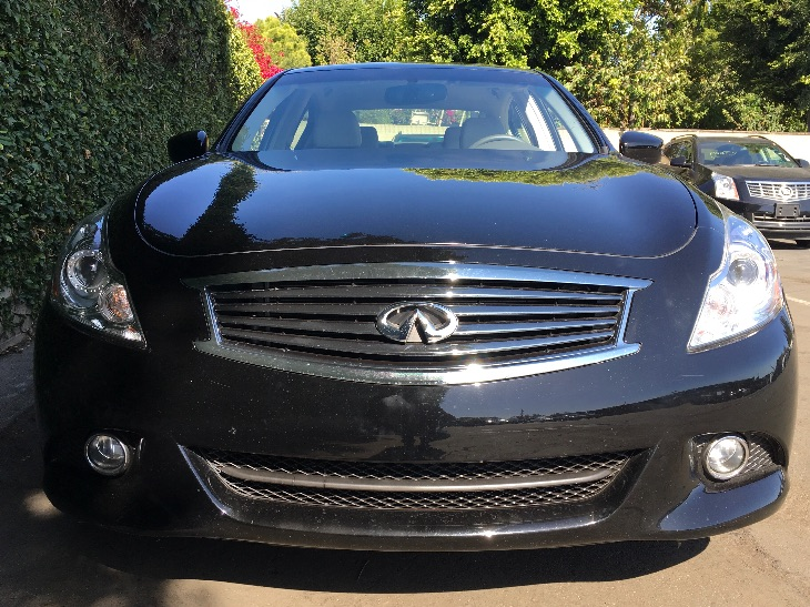 2015 INFINITI Q40 Base  Black Obsidian All advertised prices exclude government fees and taxes