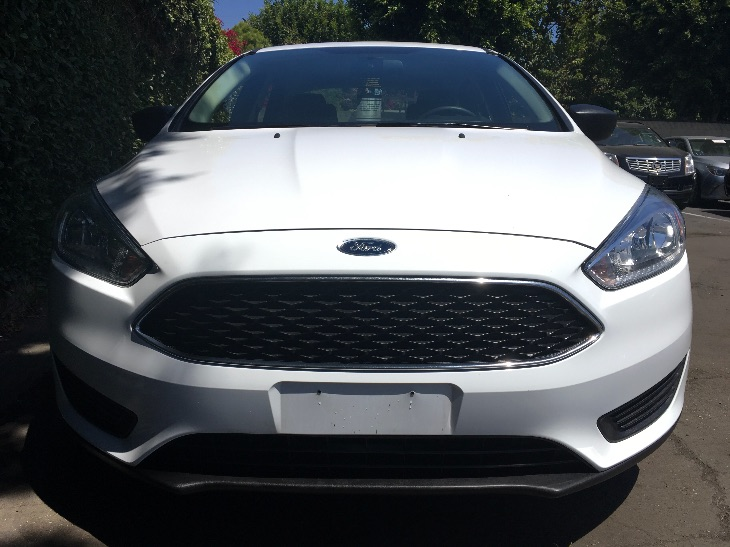 2017 Ford Focus S  Oxford White All advertised prices exclude government fees and taxes any fi