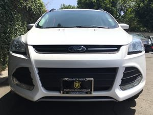 2015 Ford Escape SE Engine 20L Ecoboost White  All advertised prices exclude government fees