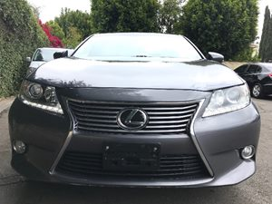 2014 Lexus ES 350   Nebula Gray Pearl  All advertised prices exclude government fees and taxes