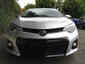 2016 Toyota Corolla S  Classic Silver Metallic  All advertised prices exclude government fees a